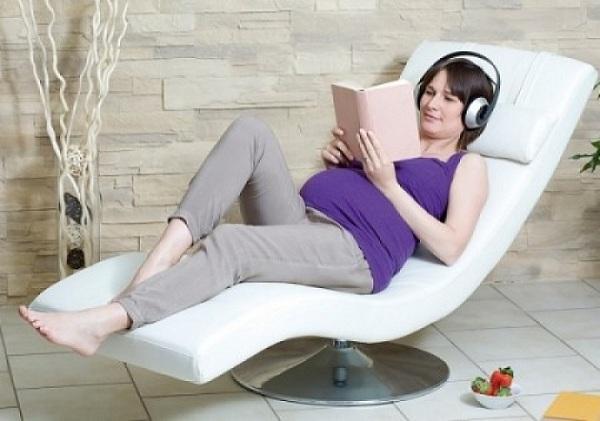 ghế massage cho bà bầu các mẹ