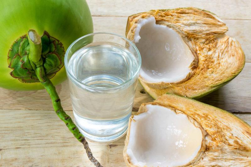 Vậy uống nước dừa có tốt không?