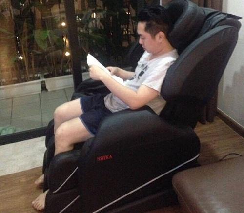 Ghế massage có tốn điện không-b