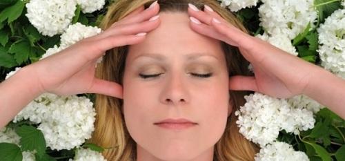 dạy cách massage đầu từ người lớn